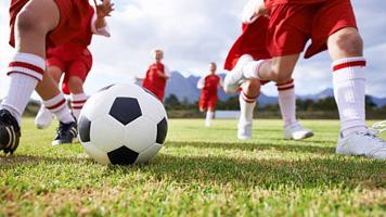 Entrenamiento jovenes futbolistas